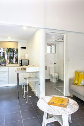 bayshore bungalows byron bay one bedroom loft bungalow downstairs